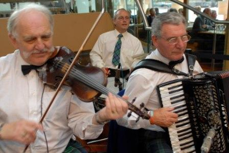 Scottish Ceilidh Band, London, Berkshire, Essex (CEsc03)