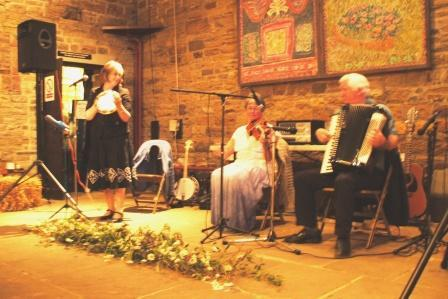 Ceilidh, Barn Dance Band, North England, Yorks, Lancs (NT03)